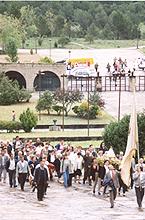 Ntra.Sra.de Cigüela llegando al Santuario el día 28 de marzo de 1996