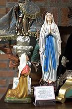 Ntra. Sra. de Lourdes y Santa Bernardette