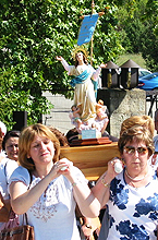 Entrando a la Virgen el día 19 de Agosto de 2003