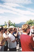 Peregrinos con la Virgen el día 20 de Junio de 1999
