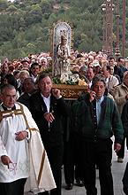 Procesión con la Virgen de Ujué el 16 de octubre de 2004.