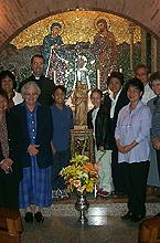 Primera peregrinación de australianos que llegó a este santuario el día 18 de septiembre de 2000